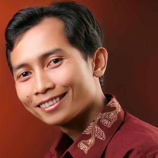 Fiftin Noviyanto, S.T., M.Cs.